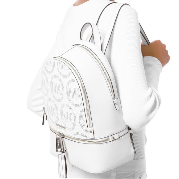 🆕Michael Kors RHEA Zip Small Leather Backpack